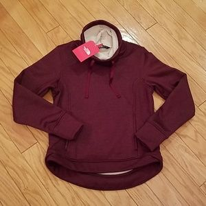 NWT size S North Face cowl pullover